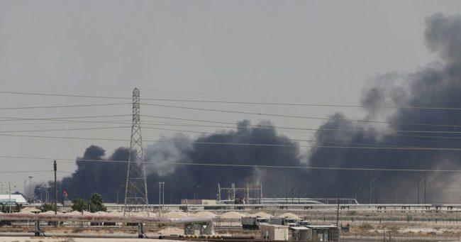 Παγκόσμια ενεργειακή ανησυχία από  επιθέσεις στην Aramco. Κίνδυνοι για πετρέλαιο 100δολάρια