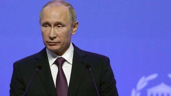 Συλλυπητήριο μήνυμα Πούτιν για την απώλεια του Μανώλη Γλέζου