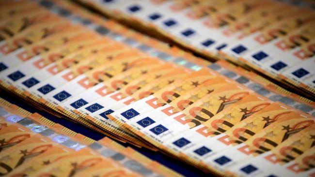 Σκάνδαλο-σκανδάλων: Κυβέρνηση αμνηστεύει νύχτα όλες τις εκκρεμούσες διώξεις των τραπεζιτών