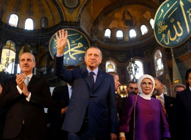 Εάλω η Αγιά Σοφιά-Υπέγραψε το διάταγμα μετατροπής σε τζαμί ο Ερντογάν