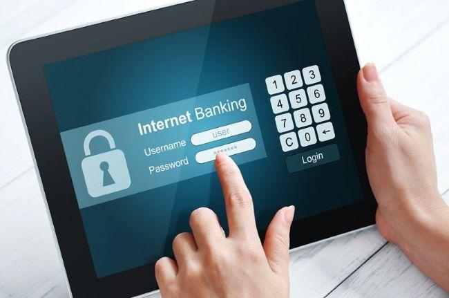 https://iskra.gr/wp-content/uploads/2020/10/Online-banking.jpg