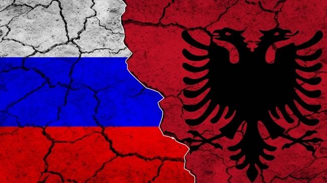 Απέλασε Ρώσο διπλωμάτη λόγω κορωνοϊού