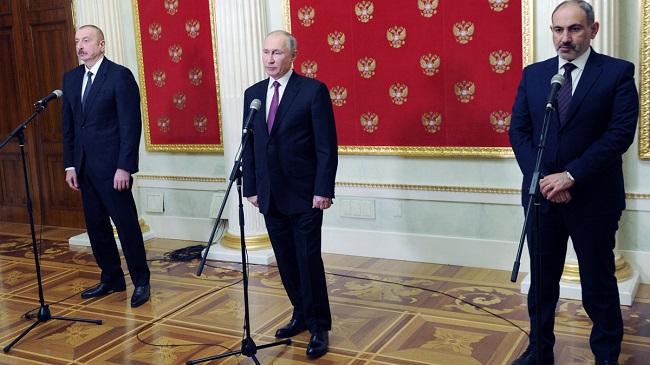 Oι προτάσεις Πούτιν για επίλυση στην τριμερή