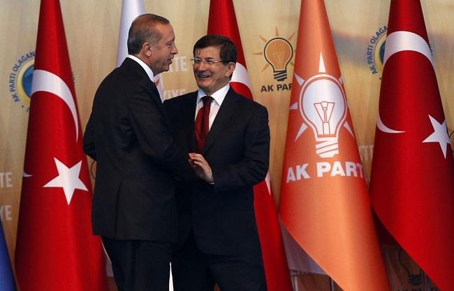 Προειδοποίηση Νταβούτογλου σε Ερντογάν