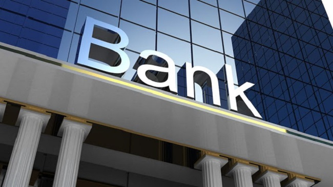 """Οι τράπεζες επισπεύδουν ξεπούλημα """"κόκκινων"""""""