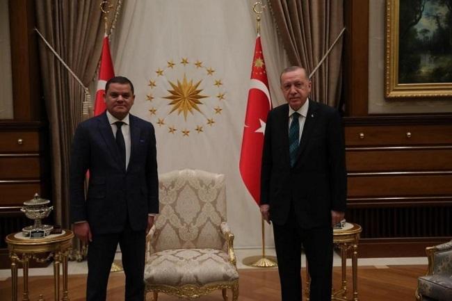 Μυστική συνάντηση του νέου πρωθυπουργού