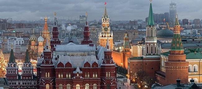 Μόσχας για «διαβατήρια εμβολιασμού»: