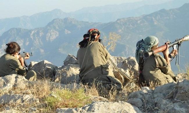 Κουρδικοί πύραυλοι χτύπησαν τουρκική βάση