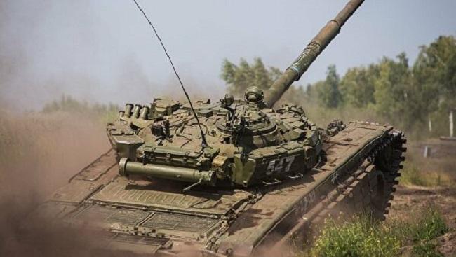 Ενώ ρωσικά τανκς σπεύδουν προς Ουκρανία