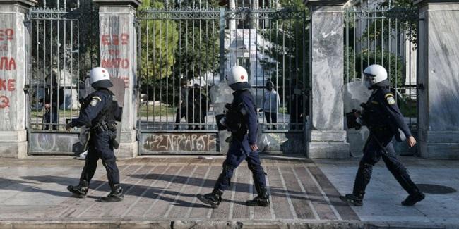 Όχι στην είσοδο της αστυνομίας στο Ε.Μ Πολυτεχνείο