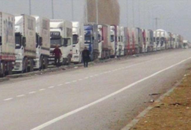 χτυπούν και τις τουρκικές μεταφορές