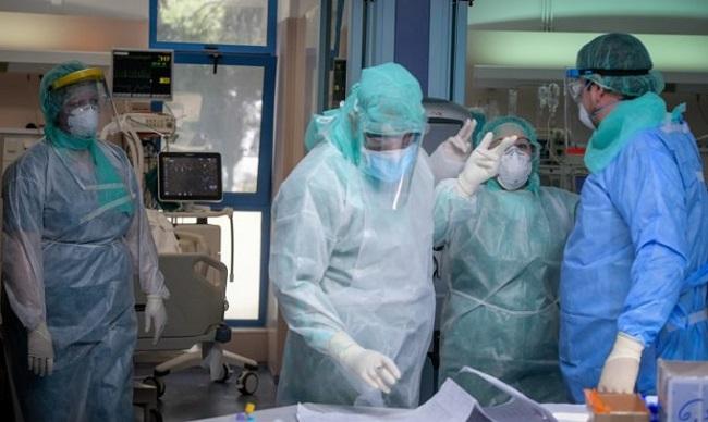 σε κατάρρευση τα νοσοκομεία