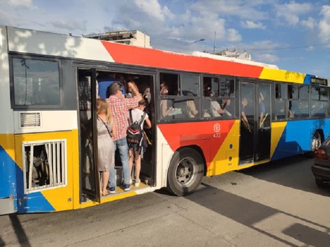 Πολλαπλασιάζονται οι νεκροί Παστωμένοι επιβάτες