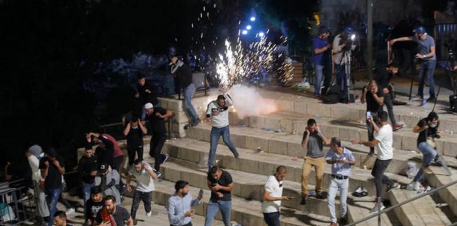Παλαιστινίων με αστυνομία στην Ιερουσαλήμ