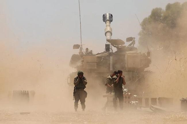Συγκέντρωση στρατευμάτων στα σύνορα