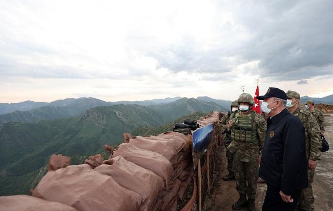 Ομάδα 9 Τούρκων στρατιωτών