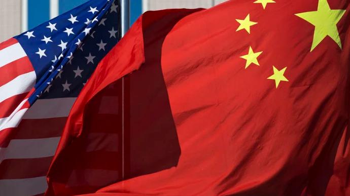 Ούτε Ουάσιγκτον ούτε Πεκίνο
