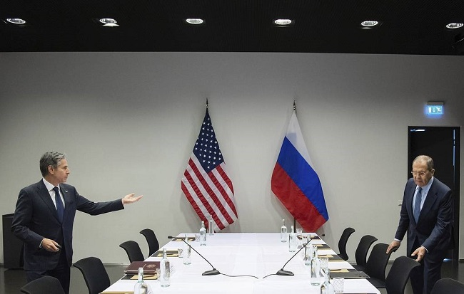 Mε στόχο την Ρώσο-κινεζική συμπαράταξη