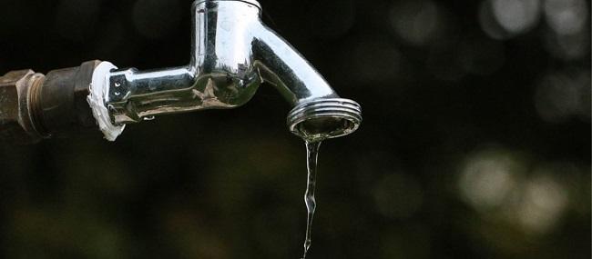 νερό με τροπολογία-σκάνδαλο