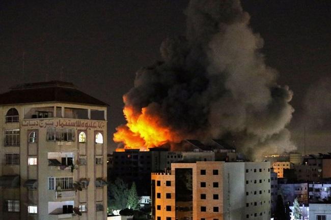 Άναψε ξανά φωτιά στη Μέση Ανατολή