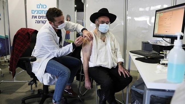 Προς τρίτη δόση εμβολίου στους άνω των 60 ετών