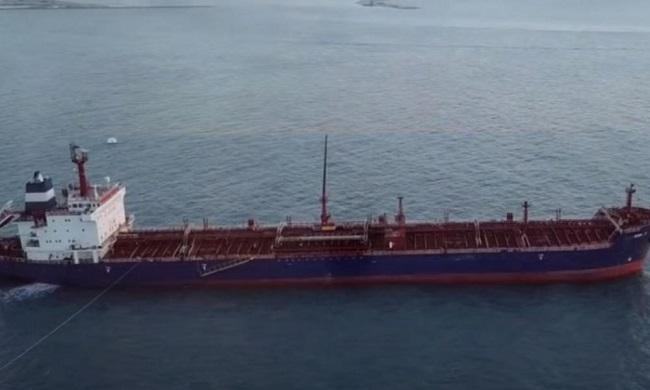 ζητά Ισραήλ για επίθεση σε φορτηγό πλοίο
