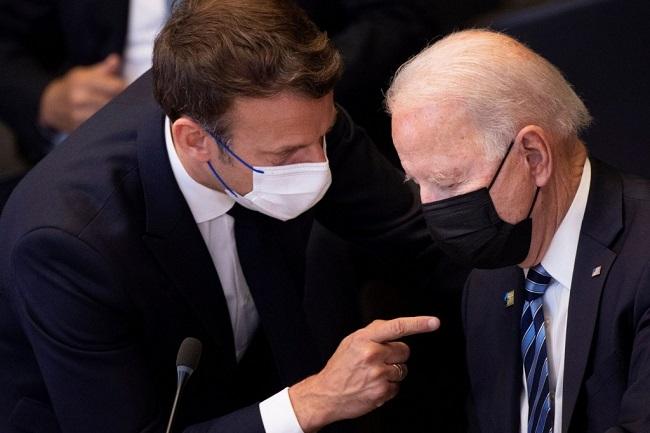 Λυπάται για απόφαση Γαλλίας
