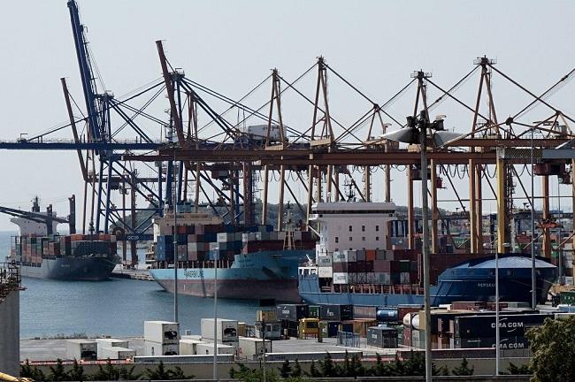 Καραμπινάτη απιστία με θύμα το λιμάνι
