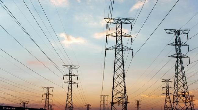 Τιμές-σοκ σε ηλεκτρικό ρεύμα στην Ευρώπη