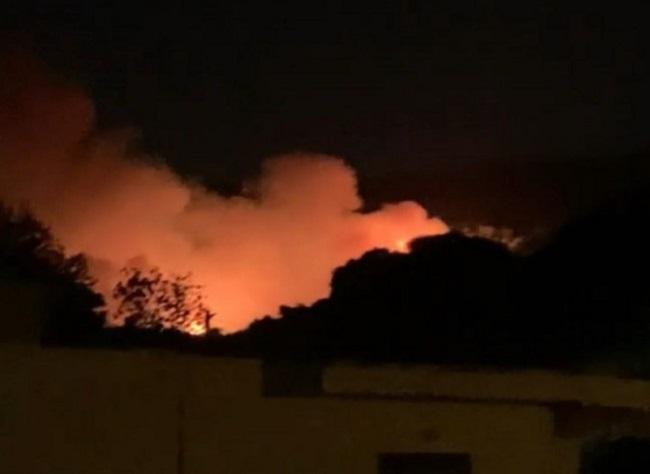 Μεγάλη φωτιά στην Νέα Μάκρη
