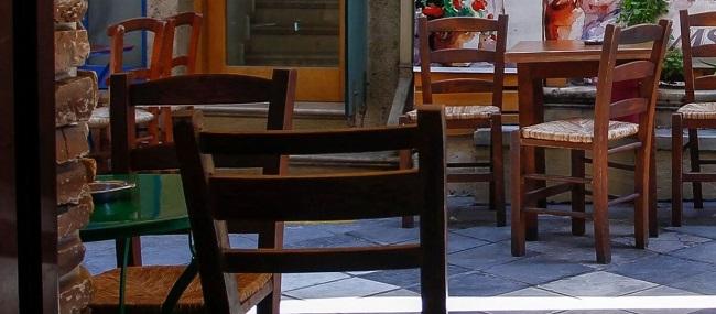 Επέβαλαν πρόστιμο εξόντωσης και «έκλεισαν» καφενείο