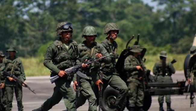 Σκοτώθηκαν 5 στρατιωτικοί από επίθεση