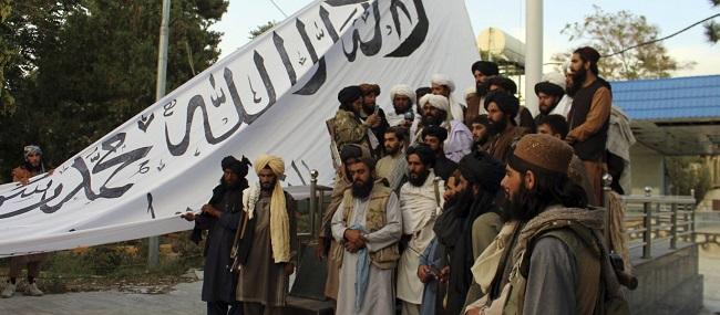Αεροσκάφη «αγνώστου προελεύσεως» βομβάρδισαν Ταλιμπάν